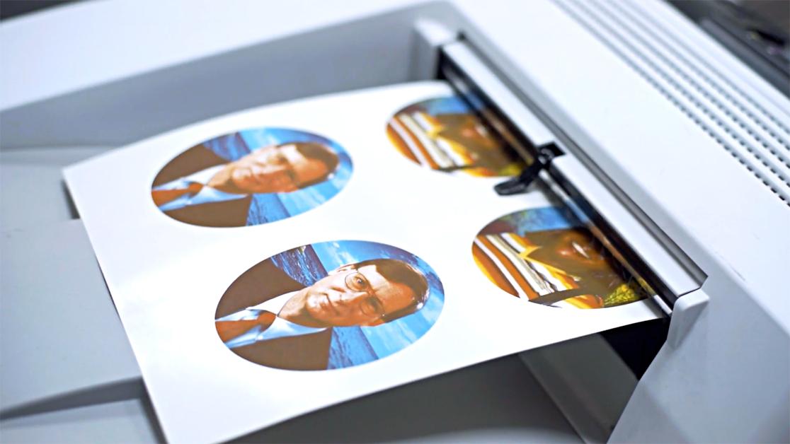 Como evitar desperdícios na produção e otimizar processos usando a impressão de decalque cerâmico digital